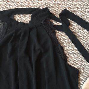 Dots Tops - Black high-neck tank top with lace/open back